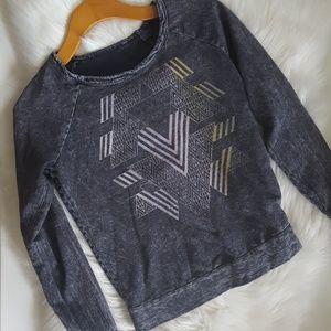 Tops - Long Sleeve Top Geometric Designs Distressed Gray